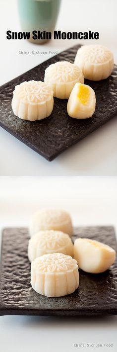 snow skin #mooncake with creamy #custard filling
