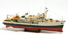 The Billing Boats Calypso wooden ship model measures long, high and wide. This wooden boat kit is highly realistic with many fine de. Wooden Boat Kits, Wooden Boat Plans, Wooden Boats, Scale Model Ships, Scale Models, Jaguar, Rc Boot, Jacques Yves Cousteau, Build Your Own Boat