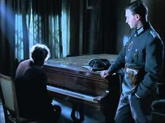 """""""O Pianista"""", cena do filme. Tocou daquela vez como se fosse a última."""