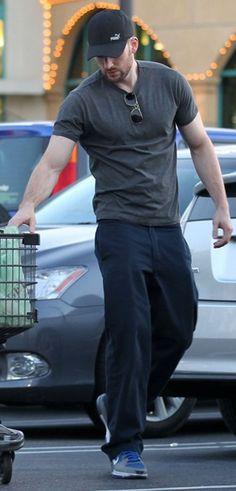 Chris Evans grocery shopping