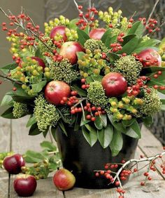 gorgeous fall centerpiece