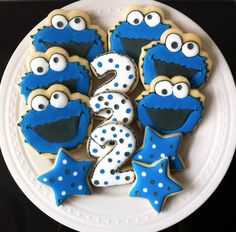 Items similar to Decorated Cookie Monster Cookies with numbers and stars, Perfect for your child's Birthday Party on Etsy Milk Cookies, Iced Cookies, Cute Cookies, Royal Icing Cookies, Sugar Cookies, Cupcakes, Cupcake Cookies, Galletas Decoradas Royal Icing, Monster 1st Birthdays
