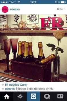 [ Novembro | 2014 ]  Pratos feitos baseados nas estampas da coleção da marca EVA (marca feminina do grupo Reserva) para decoração da primeira loja em Ipanema.  EVA (https://www.facebook.com/useeva?fref=ts)