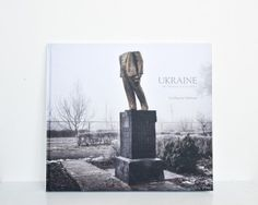 Guillaume Herbaut #Ukraine #CDPEditions http://www.collectiondesphotographes.com/ukraine-de-maidan-au-donbass.html