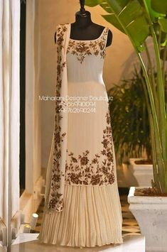 Indian Gowns Dresses, Indian Fashion Dresses, Indian Designer Outfits, Pakistani Dresses, Pakistani Designer Clothes, Corset Dresses, Prom Dresses, Anarkali Dress, Indian Party Wear