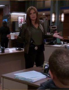 Benson And Stabler, Elite Squad, Olivia Benson, Criminal Justice System, Mariska Hargitay, Law And Order, Oc, Hair Styles, Beauty