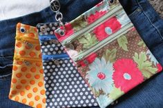 I've partnered with the ladies at Hip Klips to bring you the Hip Klip Pocket Accessory pattern! Sewing Lessons, Sewing Hacks, Sewing Projects, Hip Purse, Hip Bag, Waist Purse, Purse Patterns, Pdf Sewing Patterns, Crochet Shell Stitch