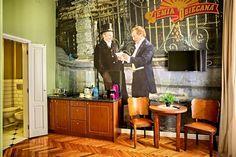 Apartament 'Ziemia Obiecana' w hotelu Stare Kino w centrum Łodzi. Pokój nawiązuje do popularnego filmu o łódzkich korzeniach w reż. A. Wajdy. #Łódź #Poland #hotel #retro #vintage #decor #oldinterior #oldhouse #Wajda #CinemaResidence #movieinspirated