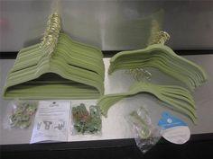 JOY Mangano Huggable Hooks 4-Pack Over-The-Door Hooks Willow Green