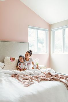 How to Balance #Blogging and #Motherhood - Behr Positively #Pink Is A Paint #Color For Your Mindful Living Space // NotJessFashion.com