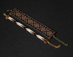 bracelets perles tissées assortis Loom Bracelet Patterns, Seed Bead Patterns, Bead Loom Bracelets, Bead Loom Designs, Tear, Bijoux Diy, Bead Crochet, Chainmaille, Tutorials