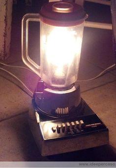 lampada frullatore frull-abatjour un'idea innovativa all'insegna del riciclo e del riuso dei materiali è quella di ricollocare e donare una nuova funzione ai vecchi elettrodomestici rotti