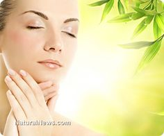 Top natural remedies for common skin problems like wrinkles, stretch marks and acne