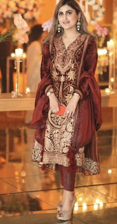 Best Ideas For Embroidery Designs Pakistani Beautiful Pakistani Party Wear, Pakistani Wedding Outfits, Pakistani Dresses, Indian Dresses, Ethnic Outfits, Indian Outfits, Fashion Outfits, Desi Clothes, Indian Clothes