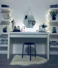 Trendy ideas bedroom inspo dream rooms home office Bedroom Desk, Bedroom Inspo, Room Decor Bedroom, Cute Room Decor, Teen Room Decor, Aesthetic Rooms, Trendy Bedroom, Dream Rooms, My New Room