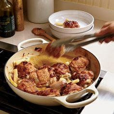 Chardonnay-Braised Chicken Thighs with Parsnips In this easy one-pot braise, you get the best possible combination: crisp-skinned chicken and a luscious wine sauce. Best Chicken Thigh Recipe, Chicken Thigh Recipes, Chicken Flavors, Chicken Legs, Wine Recipes, Cooking Recipes, Bourbon Recipes, Pan Cooking, Party Recipes