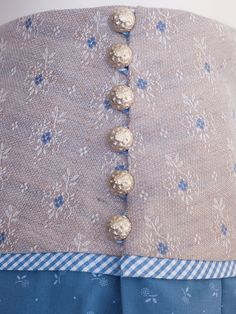 The Rock Maker Rock Wasserfoi Y, iris-sand - Tracht - Elegante Person Iris, Turtle Tattoo Designs, Stitch Patterns, Crochet Patterns, Simply Knitting, Blog Couture, Crochet Mouse, Viking Tattoos, Knitting Charts