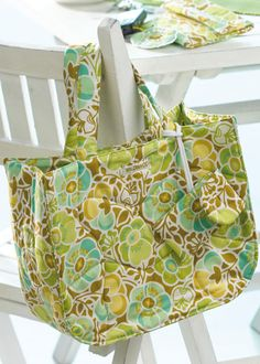 The Quilted Wildwood Market Bag – Free PDF + Servicing Your Sewing Machine | PatternPile.com