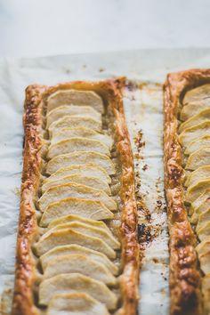 Easy+Puff+Pastry+Apple+Tart