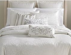 Martha Stewart Collection Shimmer Jacquard King Comforter by Martha Stewart, http://www.amazon.com/dp/B007M4B4RU/ref=cm_sw_r_pi_dp_Ykptsb0AP1WQ5