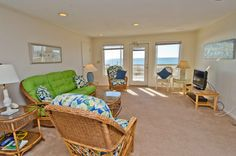 Glasshouse West a 3 Bedroom Oceanfront Rental Duplex in Emerald Isle, part of the Crystal Coast of North Carolina. Includes Hi-Speed Internet