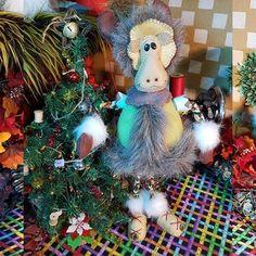 Christmas / Navidad - La Rueca De Merlín Villavicencio Xmas, Christmas Tree, Merlin, Corner, Dolls, Holiday Decor, Home Decor, Colombia, Suits