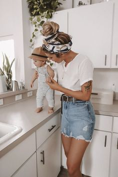 style-squad-kelsey-floyd-good-american/ - The world's most private search engine Kids Outfits, Cool Outfits, Summer Outfits, Young Mom Outfits, Family Outfits, Beautiful Outfits, 4th Of July Outfits, Stylish Outfits, Mom And Baby