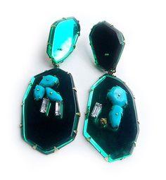 NIKKI COUPPEE – Emerald Drops