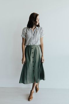 casual fashion,everyday wear,casual outfits,everyday fashion, - dress up - Best Skirt Casual Skirt Outfits, Mode Outfits, Casual Skirts, Teen Outfits, Midi Skirt Outfit Casual, Button Down Skirt Outfit, Olive Outfits, Striped Skirt Outfit, A Line Skirt Outfits