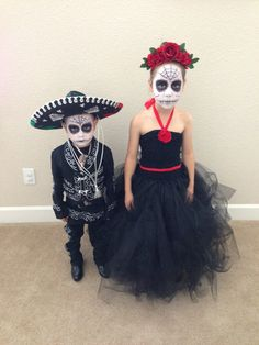 Dia de Los Muertos Halloween costumes. KILLING  IT!!