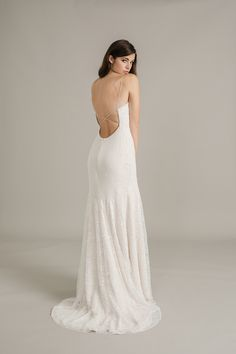 Sally eagle Estelle beautiful stunning open back dress with gorgeous lace details