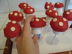The Paper Pony: Easy Marshmallow Mushroom Pops - Smurfday Party pt. 6- The Final Smurf!