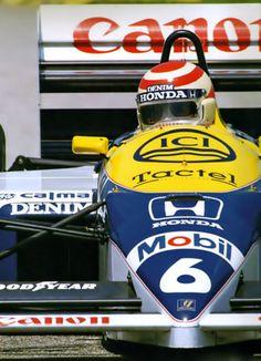 Nelson Piquet Souto Maior (BRA) (Canon Williams Team), Williams - Honda (t/c) (finished 1986 Brazilian Grand Prix, Jacarepaguá Circuit Nelson Piquet (Brazil F1 Racing, Drag Racing, Gp F1, Brazilian Grand Prix, Williams F1, Formula 1 Car, Car And Driver, Vintage Racing, Courses