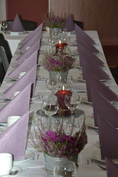orkide og lyng pynt - Google-søk Anniversary Plans, Tablescapes, Origami, Table Settings, Rustic, Shower, Table Decorations, Wedding, Inspiration