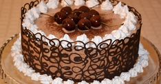 Acest tort delicios l-am vazut la Olguta si mi-a ramas gandul la el. Acum ca l-am testat, va spun, cu mana pe inima, ca e delicios. Va i... Manado, Vegan Challenge, Vegan Curry, Vegan Meal Prep, Vegan Thanksgiving, Vegan Kitchen, Homemade Cakes, Chocolate, Vegan Desserts