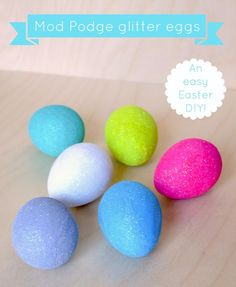 Add a little sparkly fun to your Easter. How to make Mod Podge glitter eggs - an easy Easter DIY. Easter Projects, Easter Crafts, Holiday Crafts, Holiday Fun, Easter Decor, Easter Ideas, Fun Crafts, Holiday Ideas, Hoppy Easter