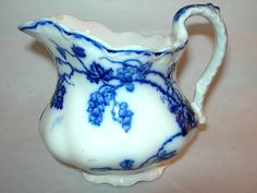BEAUTIFUL ANTIQUE FLOW BLUE CHINA WARWICK CREAMER JOHNSON BROS