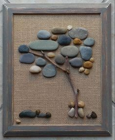 Stone Pictures Pebble Art, Stone Art, Arte Bob Marley, Beach Rock Art, Art Rupestre, Art Pierre, Pebble Art Family, Rock Design, Wall Design
