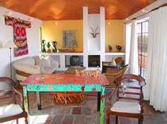 Living Room Mexican Folk Art Design, Pictures, Remodel, Decor and Ideas - page 4