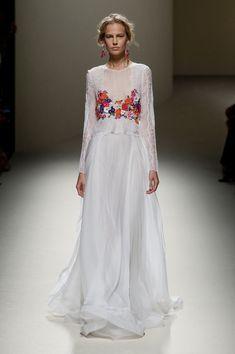 Alberta Ferretti at Milan Fashion Week Spring 2014 - Runway Photos