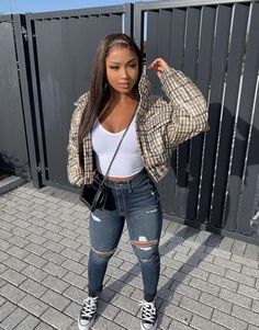 How many stars would you rate this look ? Rate fashion and get feedback on your style from all over the world 🌎 The Cute Swag Outfits, Outfits With Converse, Chill Outfits, Dope Outfits, Trendy Outfits, Winter Swag Outfits, Baddie Outfits For School, College Outfits, Vetement Fashion