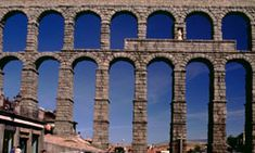 These cool engineering tricks the Romans taught us heavily influenced the evolution of modern architecture. Learn about 10 Roman engineering tricks. Roman Concrete, Abstract Science, Roman Roads, Third Grade Science, Water Powers, Ancient Rome, Ancient History, Roman History, Teaching Social Studies