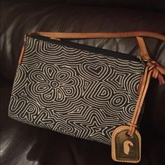 Dooney And Bourke Pouchette Blue And White