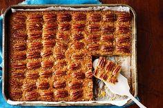 Pecan pie slice - We've turned our favourite pecan pie into a fabulous slice. Baking Recipes, Grandma's Recipes, Recipies, Fudge Recipes, Chocolate Recipes, Healthy Recipes, Picnic Foods, Christmas Tea, Feeding A Crowd