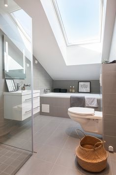 Ensuite Bathrooms & Attic Bathroom & Attic Room Ideas Loft Conversions & Small Bathroom Design & Attic Rooms & Shower Head For Sloped Ceiling & Bathroom Under Sloped Roof. The post Ensuite Bathrooms Loft Bathroom, Ensuite Bathrooms, Chic Bathrooms, Small Bathroom, Skylight Bathroom, Bathroom Ideas, Nature Bathroom, Light Grey Bathrooms, Bathroom Tubs