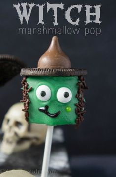 Witch Halloween Marshmallow Pop! So easy and totally cute.