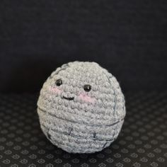 How could you blow up this cute little Death Star? I couldn't.  Pattern by Pops de Milk.
