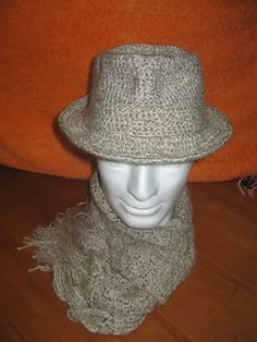 I have designed this Fedora because I wanted to make something for my hubby that is Frank Sinatra Hat style. I think that I finally did it.  $3.00