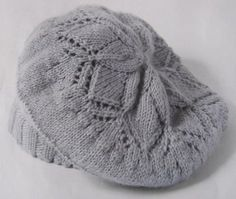 Knit: openwork beret - Need your help - Knitting 01 Newborn Crochet Patterns, Knitting Patterns Free, Knit Patterns, Free Knitting, Baby Knitting, Crochet Baby, Knitting Blogs, Knitting Projects, How To Start Knitting