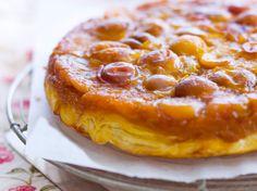 Découvrez la recette Gâteau renversé aux mirabelles caramélisées sur cuisineactuelle.fr.